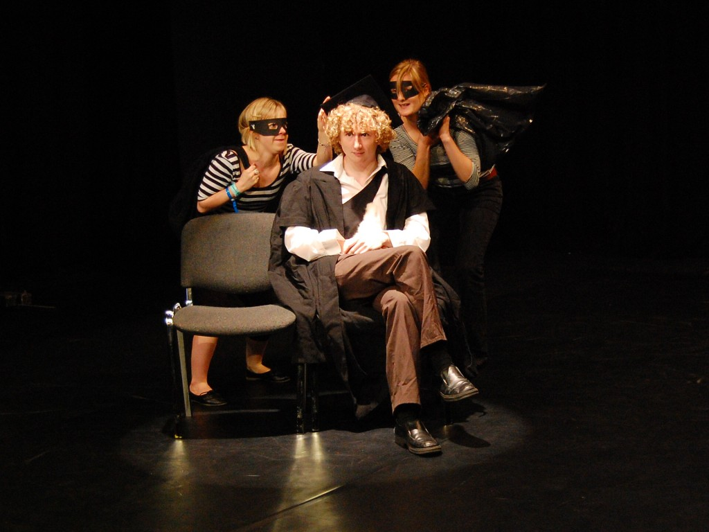 theatre studies students and IOU theatre